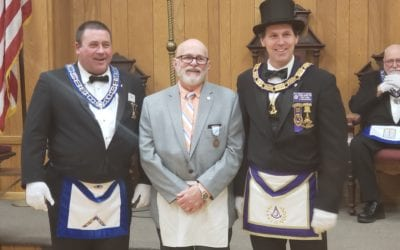 Congratulations to Brothers Carl Munroe and Mark Brown on receiving the 50 year Veteran's Medal